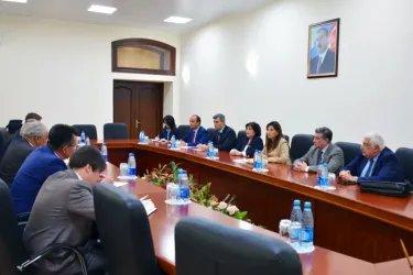 Встреча с представителями инициативной группы по проведению референдума «Ени Азербайджан»
