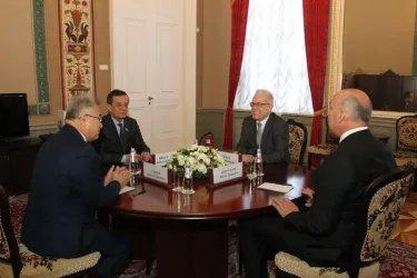 Встреча с представителями палат Олий Мажилиса Республики Узбекистан