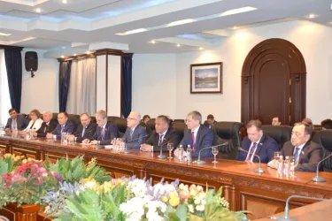 Встреча в штабе избирательного блока «Царукян»