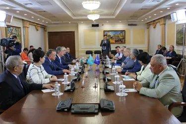 Встреча с Председателем Сената Парламента Республики Казахстан Касым-Жомартом Токаевым