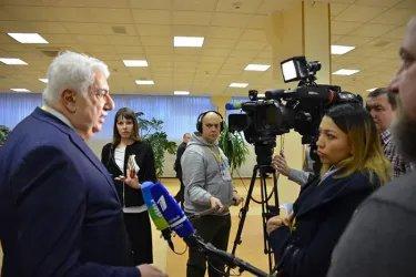 Интервью представителям СМИ