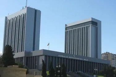 Парламенту Азербайджана исполнилось 100 лет. Здание Милли Меджлиса Азербайджанской Республики