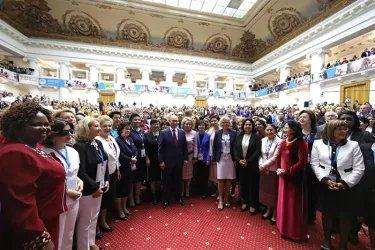 Пленарное заседание «Женщины за глобальную безопасность и устойчивое развитие»
