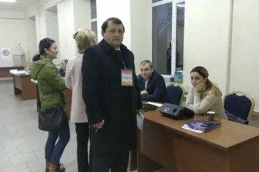 Рахмон Шорахматов на избирательном участке, 09.12.18