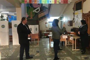Ваагн Овакимян, Арпине Давоян и Виктор Павленко посетили избирательные участки в Республике Молдова