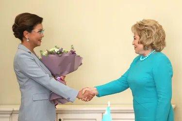 Встреча Валентины Матвиенко с Даригой Назарбаевой