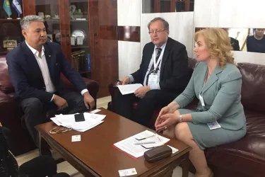 Наблюдатели от МПА СНГ посетили штаб кандидата от Демократической партии Казахстана «Акжол» Дании Еспаевой