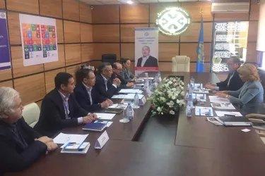 Наблюдатели от МПА СНГ посетили штаб Республиканского общественного объединения «Федерация профсоюзов Республики Казахстан»