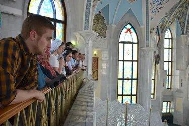 Молодые парламентарии посетили Казанский Кремль