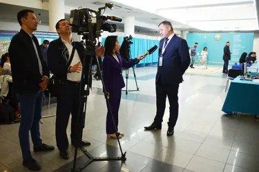 Дмитрий Кобицкий ответил на вопросы журналистов телеканала