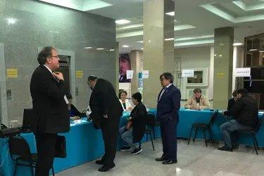 Вараздат Карапетян и Станислав Ткаченко посетили избирательные участки в Республике Казахстан