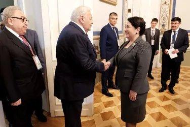 Встреча Октая Асадова с Танзилой Нарбаевой