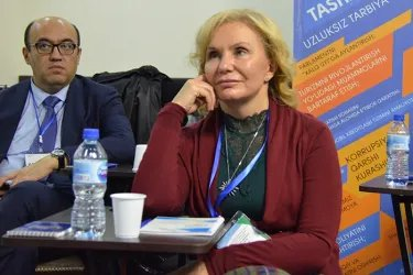 Наблюдатели от МПА СНГ посетили Демократическую партию Узбекистана