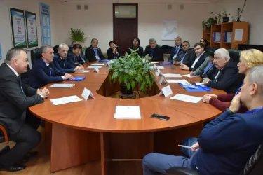 Наблюдатели от МПА СНГ посетили 141-ю окружную избирательную комиссию в г. Ташкент