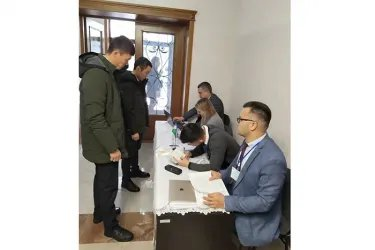 Наблюдение на зарубежном избирательном участке в Бишкеке