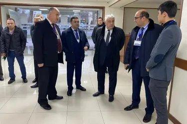 Айдын Джафаров на избирательном участке