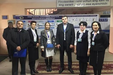 Ерджаник Акопян и Карен Саруханян на избирательном участке