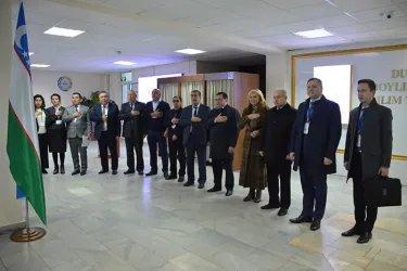 Ильяс Умаханов и Дмитрий Кобицкий на открытии избирательного участка