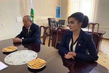 В штабе Социалистической партии Таджикистана