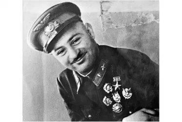 Герой Советского Союза Нельсон Степанян