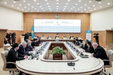 Наблюдатели от МПА СНГ проводят встречу с руководством ЦИК Республики Казахстан в рамках мониторинга парламентских выборов, 09.01.2021