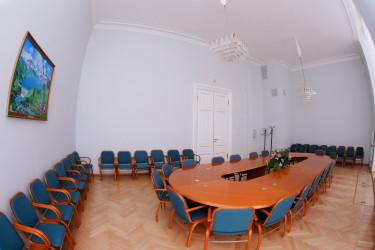 Зал 125