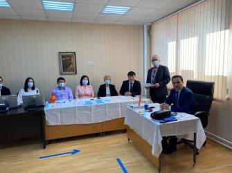 Новосибирск: голосование на референдуме по проекту новой Конституции Кыргызской Республики