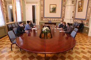 На полях весенней сессии МПА СНГ состоялся ряд двусторонних встреч, 15.04.2021