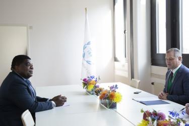 встреча Генерального секретаря — руководителя Секретариата Совета МПА СНГ Дмитрия Кобицкого с Генеральным секретарем МПС Мартином Чунгонгом