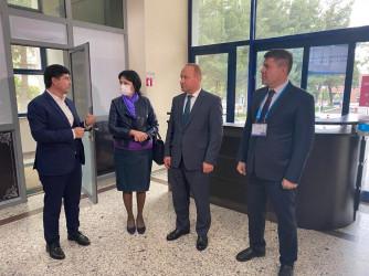 Посещение наблюдателями избирательных комиссий и участков. Ташкент. 8 октября 2021