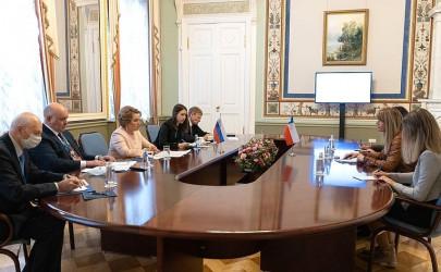 Встреча Валентины Матвиенко и Председателя Сената Национального Конгресса Республики Чили Химены Сесилии Ринкон Гонсалес