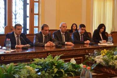 Встреча с представителями «Республиканской партии Армении» и партии «Процветающая Армения»