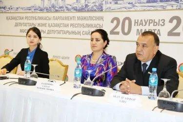 Участники группы наблюдателей от МПА СНГ С. Дададжонова и А. Рахмонзода ответили на вопросы журналистов