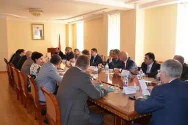 Встреча наблюдатели от МПА СНГ с  Председателем Конституционного суда Республики Таджикистан Махкамом Махмудзодой