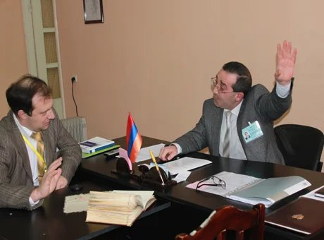 Члены наблюдательной миссии отправились в Гюмри.