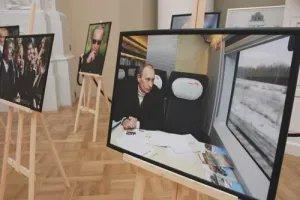 """В Таврическом дворце открывается выставка фотографий """"Просто Путин"""""""