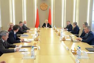 Парламентарии Республики Беларусь приняли рекомендации по стабилизации экономики страны
