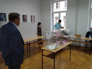 Группа наблюдателей от МПА СНГ дала оценку парламентским выборам в Сербии