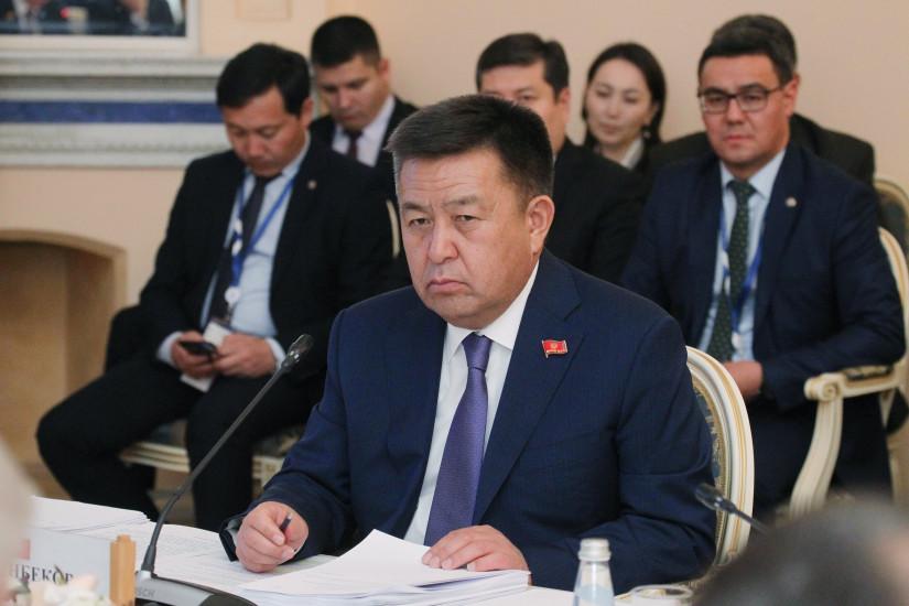 Ушел из жизни экс-спикер Жогорку Кенеша Кыргызской Республики Чыныбай Акунович Турсунбеков