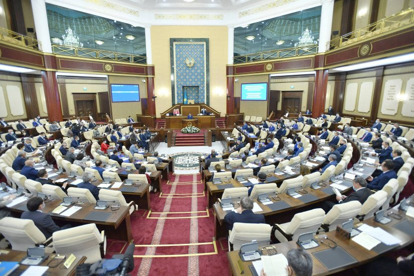 Parliament of Kazakhstan Adopted 98 Laws During its Fifth Session