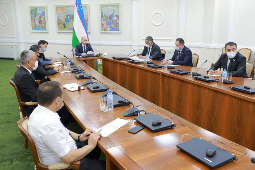 Парламентарии Республики Узбекистан провели семинар по вопросам противодействия коррупции