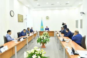 Нурлан Нигматулин высказался за укрепление взаимодействия депутатского корпуса с экспертным сообществом при работе над законопроектами