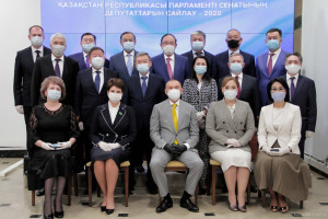 Центризбирком Казахстана зарегистрировал 17 вновь избранных сенаторов