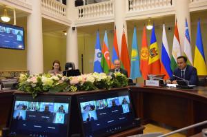 Как обеспечить безопасность и достоверность выборов — обсудили на круглом столе  с участием ЦИК Кыргызстана