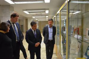 В Российской национальной библиотеке открылась выставка, посвященная кыргызским мастерам художественного перевода
