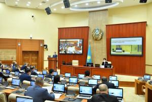 В Мажилисе Парламента Республики Казахстан рассмотрели вопросы обеспечения занятости населения
