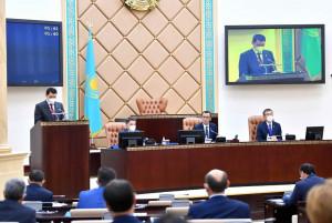 Казахстанские сенаторы приняли законы о ратификации международных соглашений