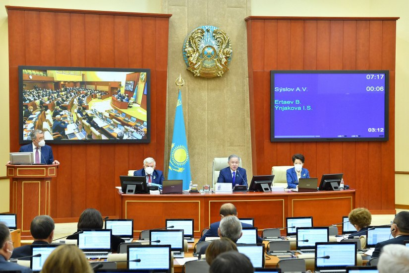 Mazhilis of Parliament of Republic of Kazakhstan Adopts Draft Law Supporting Renewable Energy