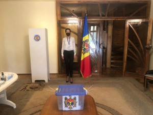 Presidential Elections in Moldova: IPA CIS Observers Work at Foreign Polling Stations