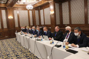 Наблюдатели от МПА СНГ встретились с кандидатами на пост Президента Кыргызской Республики и представителями их штабов